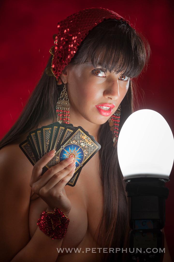 Melinda, tarot card reader